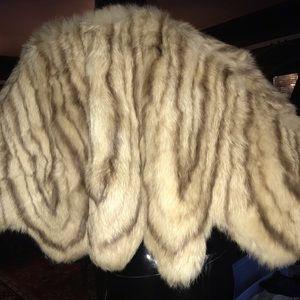 Gorgeous vintage fur capelet
